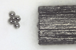 直径0.1mmの鋼球